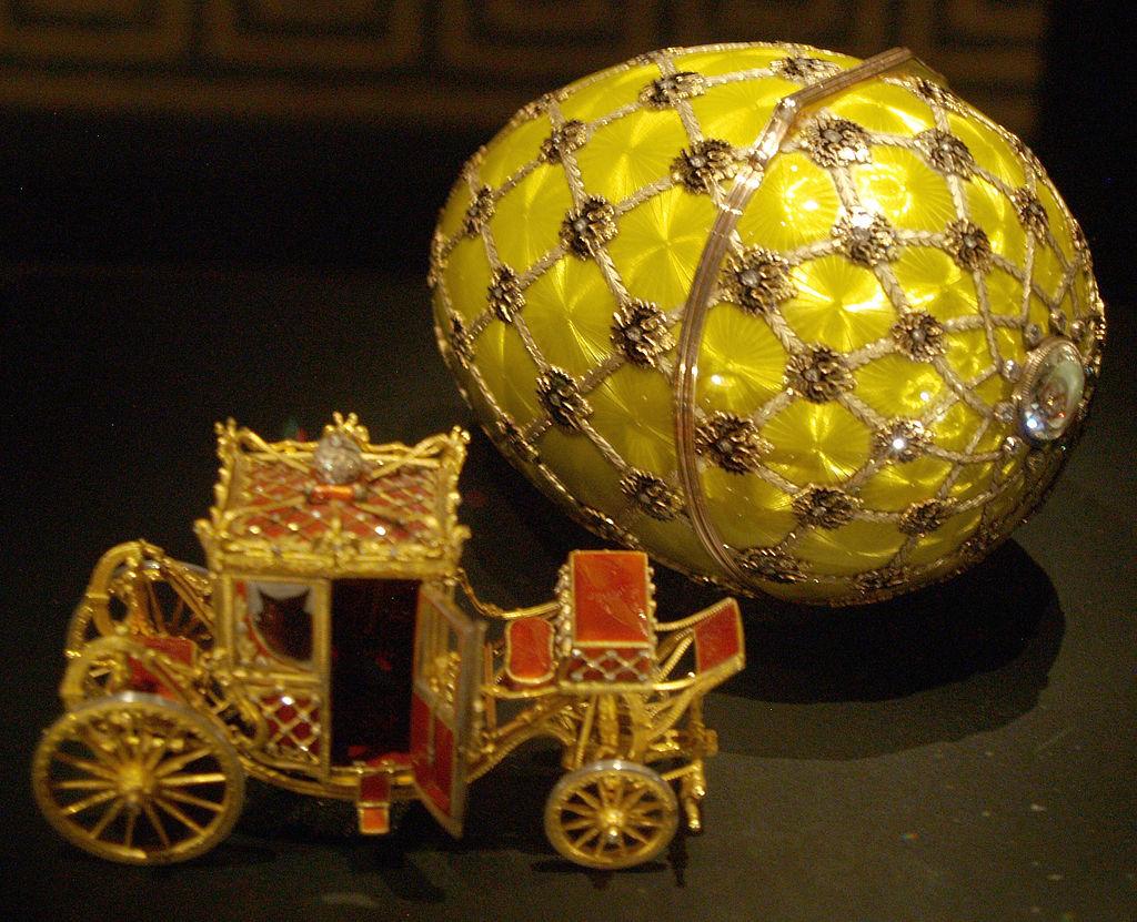 1024px-Fabergé_egg_Rome_05.jpg