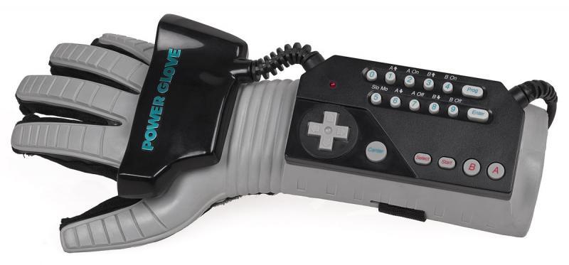 1200px-NES-Power-Glove.jpg