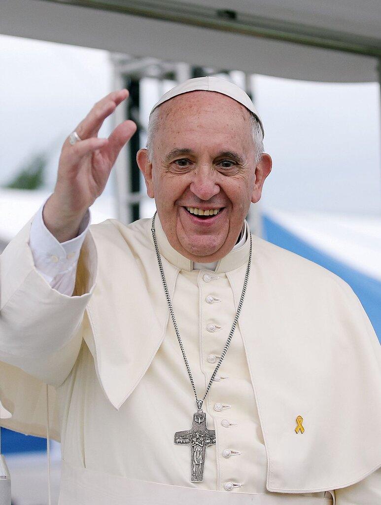 1200px-Pope_Francis_Korea_Haemi_Castle_19.jpg