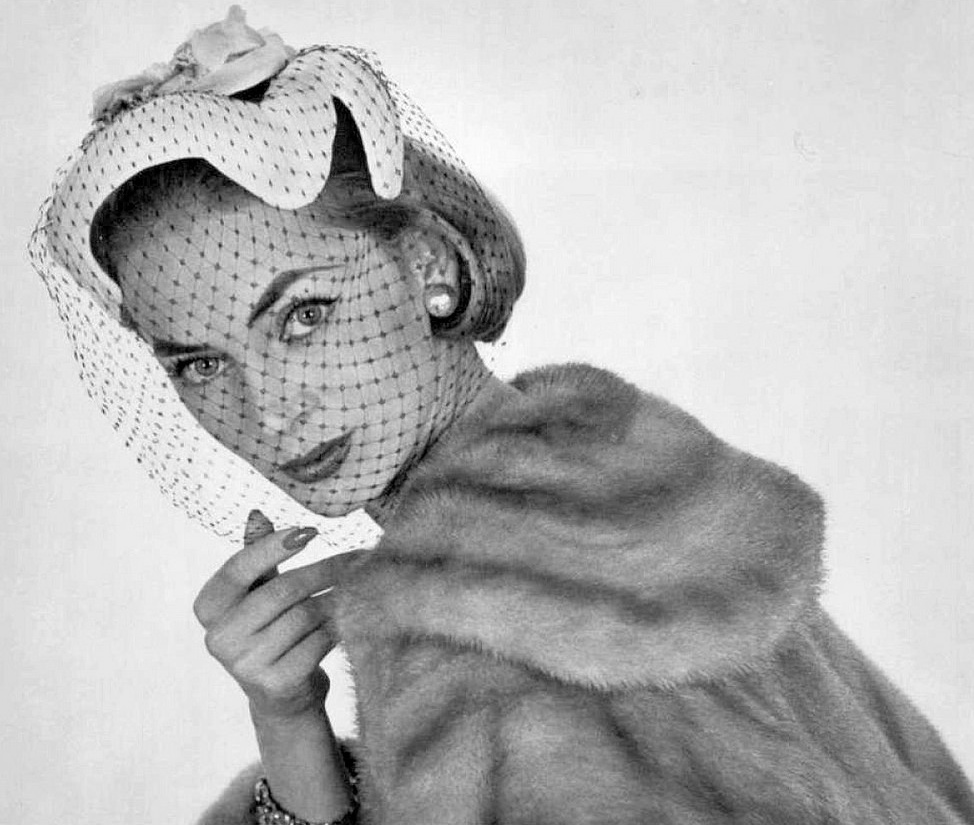 1950s hat fashion shot by Philippe Pottier (26).jpg