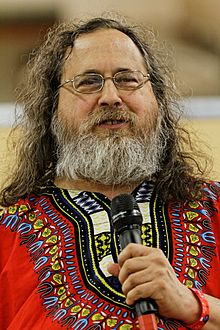 220px-Richard_Stallman_-_Fête_de_l'Humanité_2014_-_010.jpg