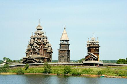 440px-Kizhi_churches[1].jpg