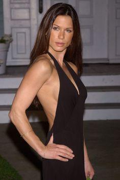 448d3c7e2895654c5869a6c9e0a22054--female-celebrities-sexy-body.jpg