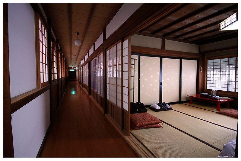 4750e5e241064f75039b387e935c1ce2 Buddhist temple lodge.jpg