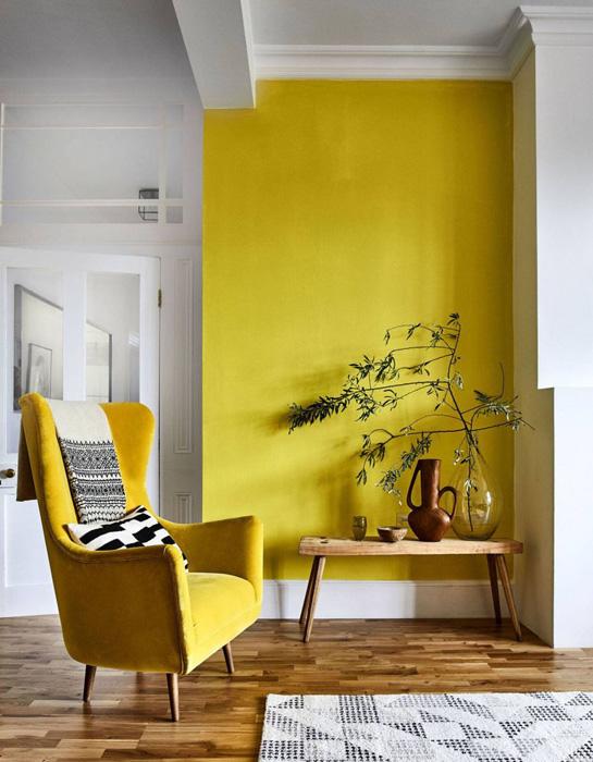 5 sjajnih načina da uredite dom u bojama godine zuti zid c.jpg