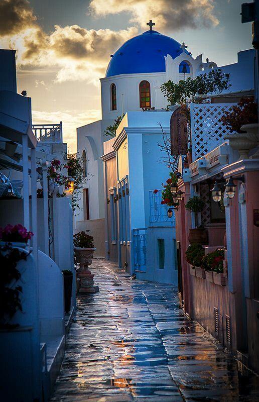 964f9227679cc5890629c1f914bedbf8 Santorini, Greece.jpg