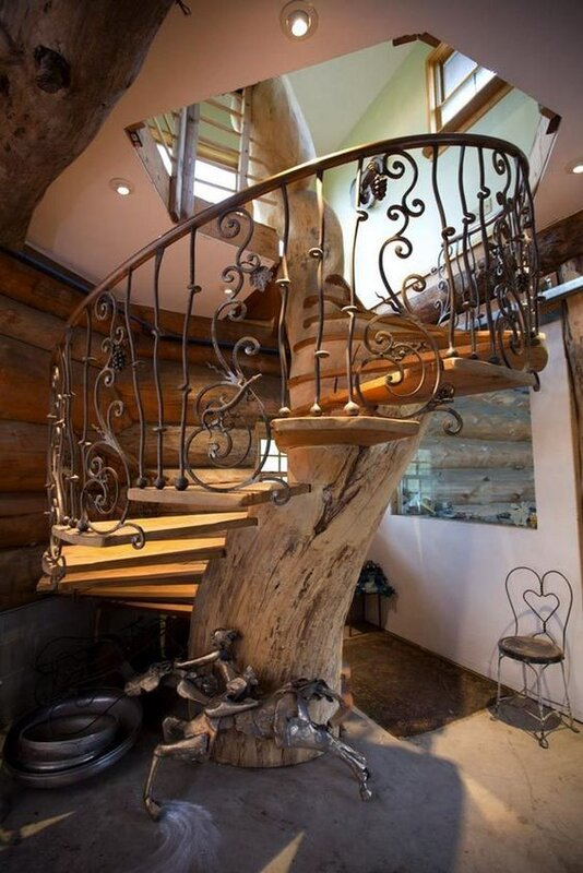 96a4f5594640abf13438c03e4f2fe902 tree staircase.jpg