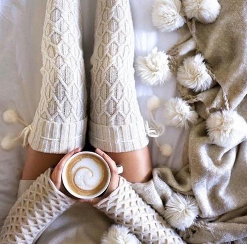 autumn-blankets-christmas-coffee-Favim.com-3811756.jpg