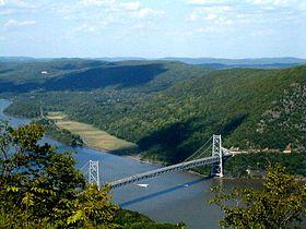 Bear_Mtn_Bridge.jpg
