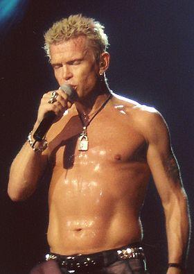 Billy_Idol_Brixton_Academy_London_11.11.2005_(2).JPG