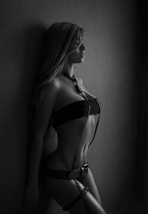 c5ff4ebc17606e5f1795c87730fcc8af--black-lingerie-women-lingerie.jpg