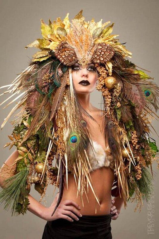f1943ae6a60798ece141b36137dcdebf--burlesque-costumes-feather-headdress.jpg