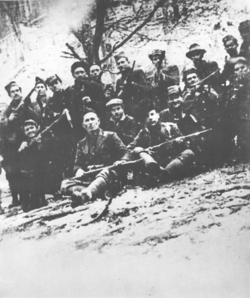 grupa-boraca-u-kozarskom-partizanskog-odreda-19411942..jpg