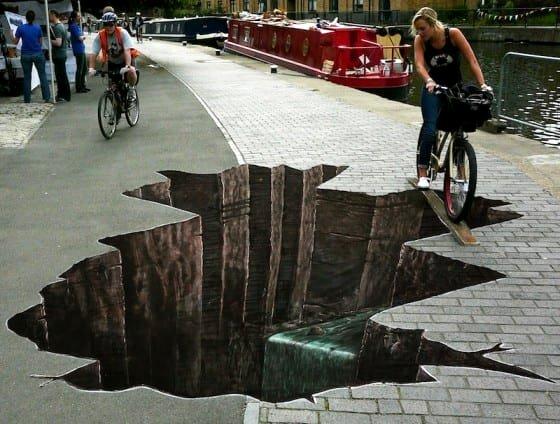 hole-biker-560x424.jpg