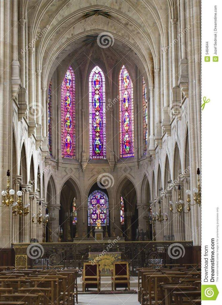 interior-de-la-iglesia-gótica-de-parís-st-germán-5464644.jpg