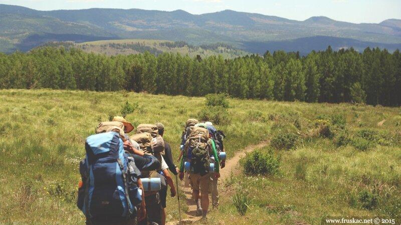 kako-da-se-pripremite-i-bez-cega-ne-krecete-na-planinarenje.jpg