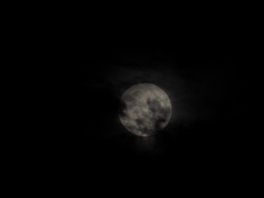 Mesec III.jpg