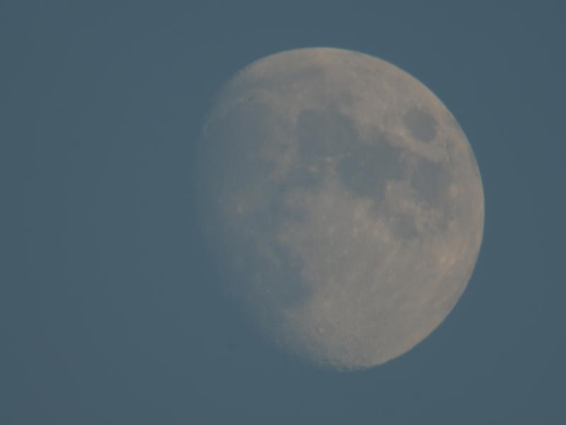 mesec.JPG