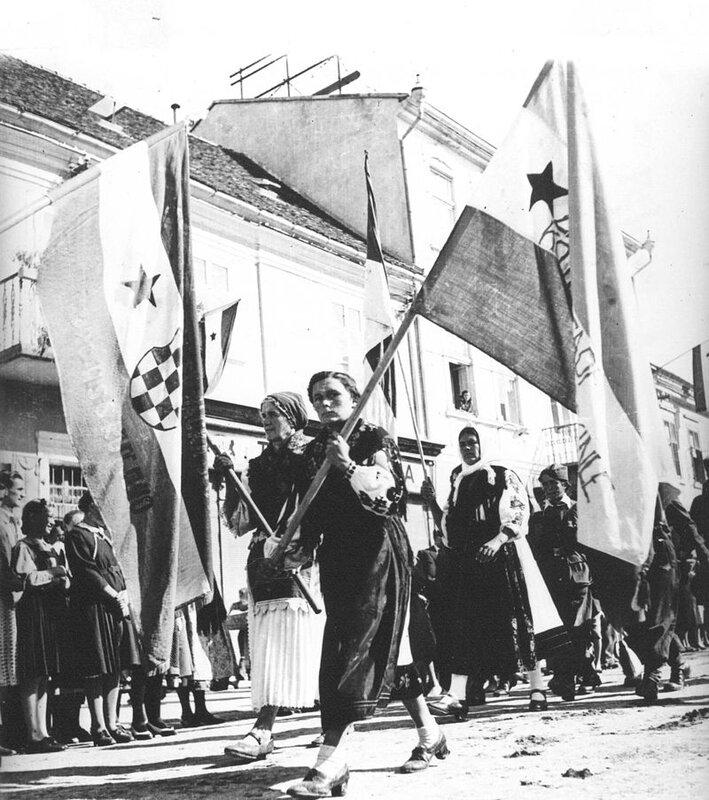 Narodni_zbor_u_Slavonskoj_Požegi,_1944-2.jpg