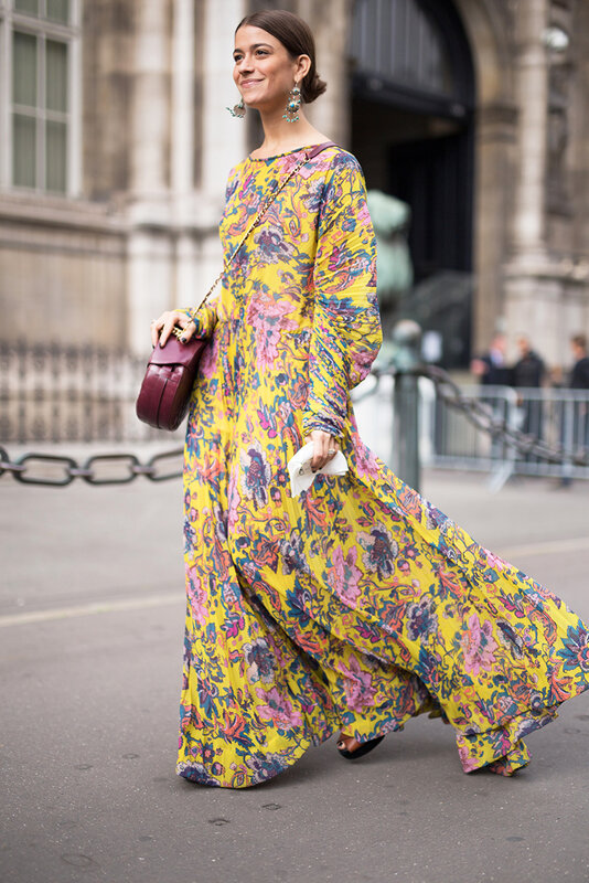 paris-fashion-week-street-style-spring-2018-amanda-alagem-yellow-floral-dress.jpg