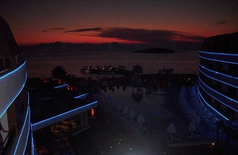 pogled nocu sa terase..jpg