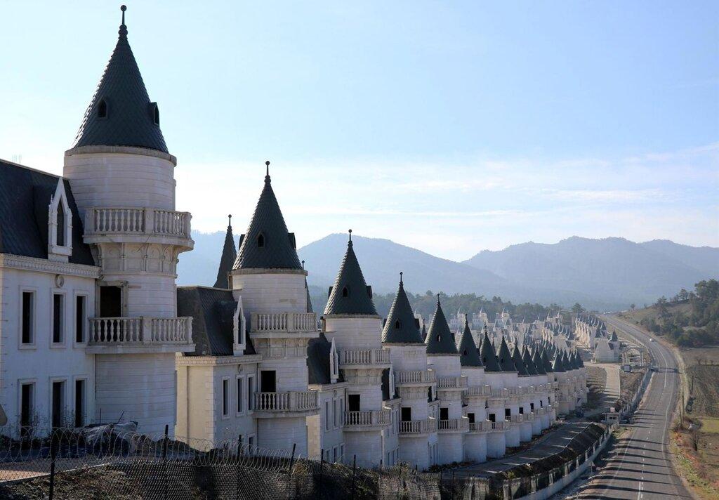 Preko 700 dvoraca napušteno u Turskoj l.jpg