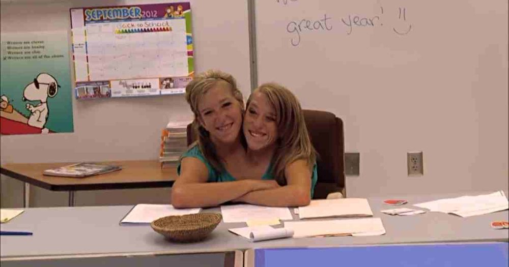 real_people_1_abby-and-brittany-first-day-of-teaching-1__c28aa5a5f8.jpg
