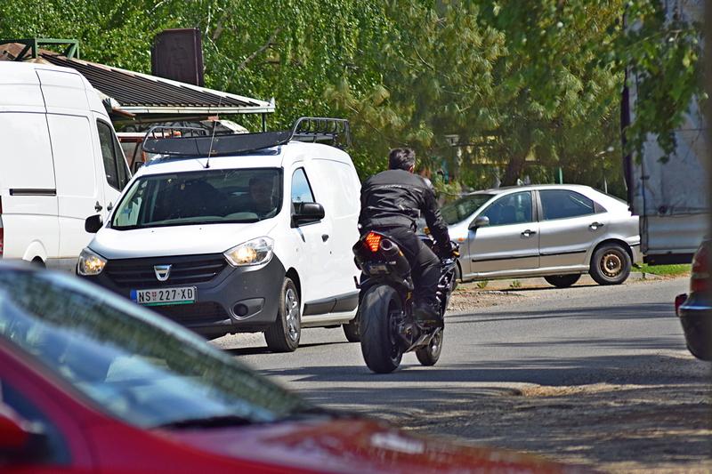 улица мотор.jpg