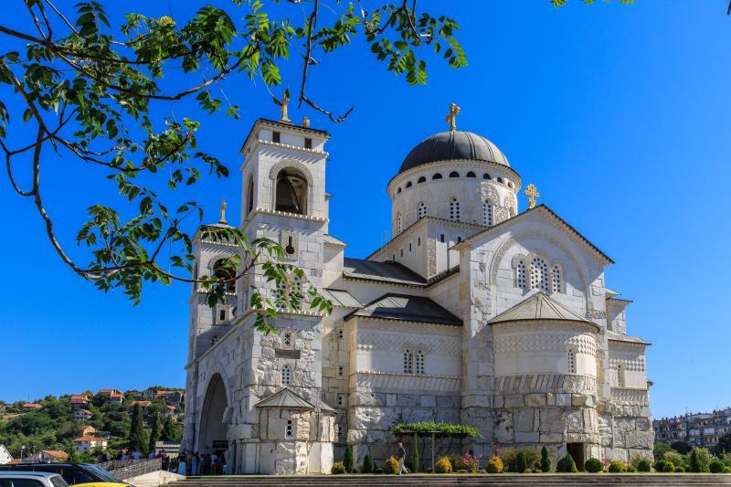 v-hirotonija-vikarnog-episkopa-dioklijskog-gospodina-kirila-patrijaraska-liturgija-31072016-go...jpg