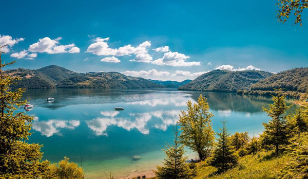 zlatarsko jezero.jpg